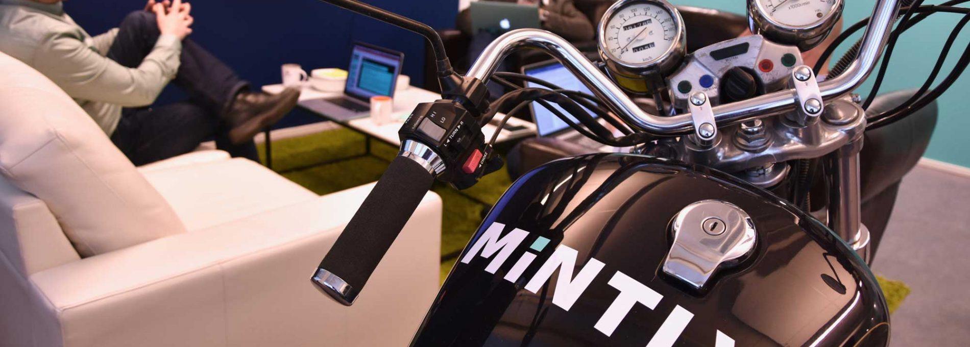 Tietoverkon tukipalvelut Mintlyltä. Mintlyn harrikka